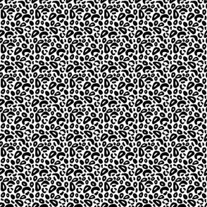 ANIMAL_PRINT_3x3_MASTER_black_and_white
