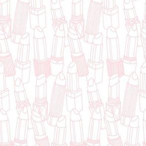 light pink lipstick outlines