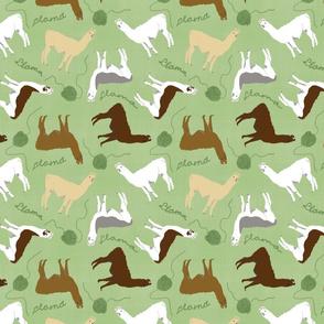 Little Llamas with yarn - green linen