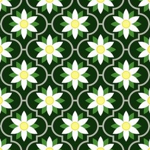 04363158 : crombus flower : spoonflower0314