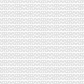 triangles_rough_pale_grey_e3e3e3_3inch