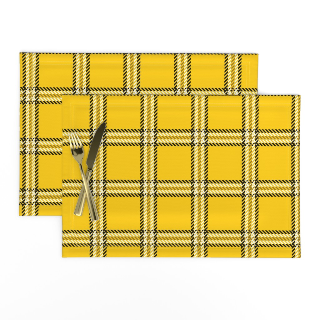 Lamona Cloth Placemats featuring Cher's Plaid by elliottdesignfactory