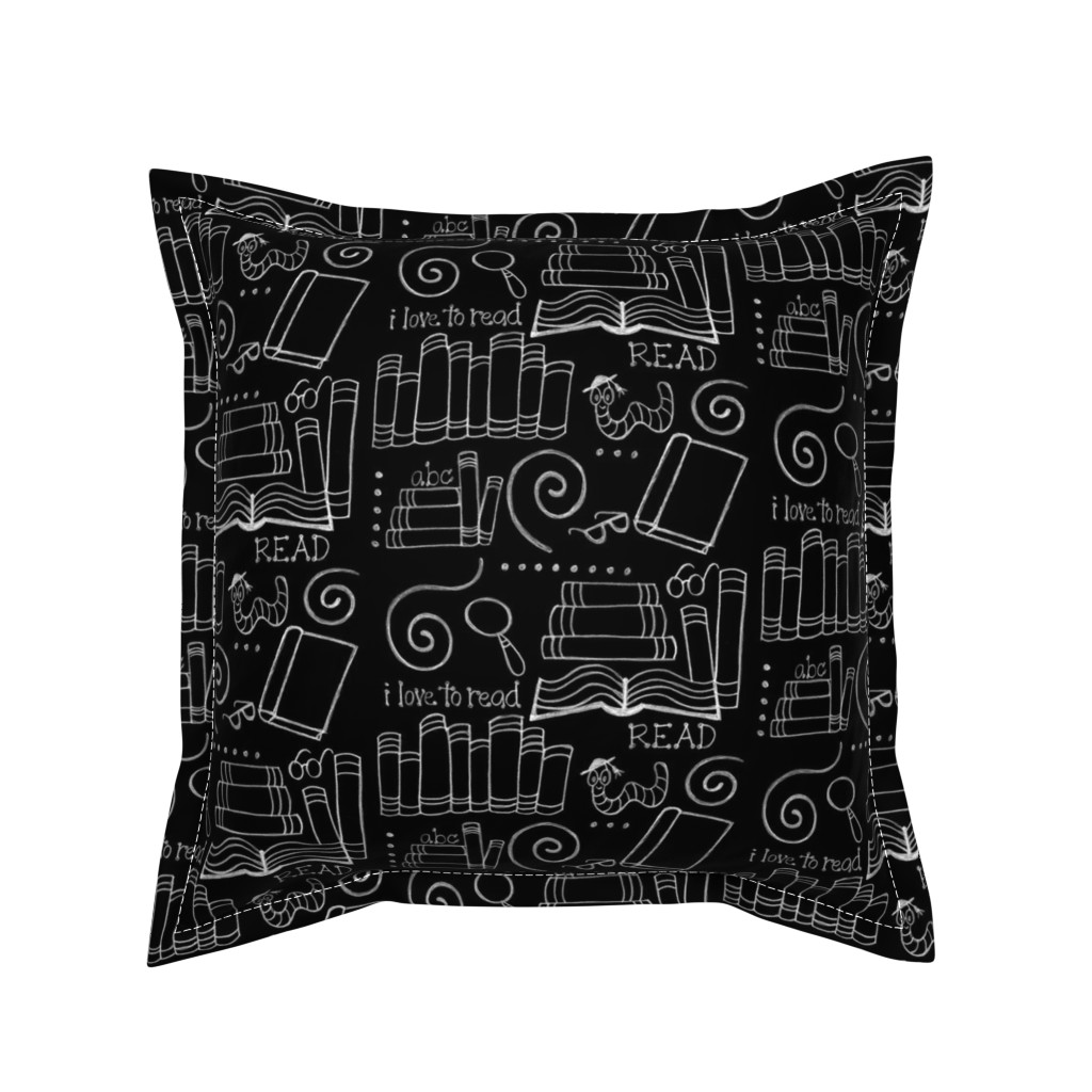 Serama Throw Pillow featuring I love to READ!! by designergal