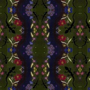 Midnight Garden Ditzy Lizard