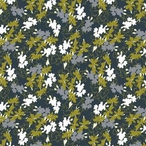 Traditional ditsy floral