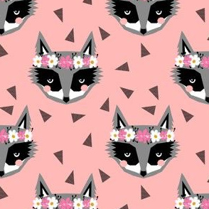 raccoon pink girly flowers spring