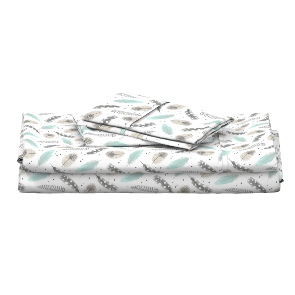 Langshan Full Bed Set featuring Feathers by innamoreva