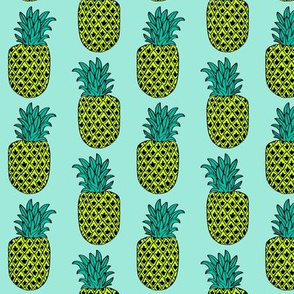 pineapple // summer tropical exotic pineapple fruit fruits mint