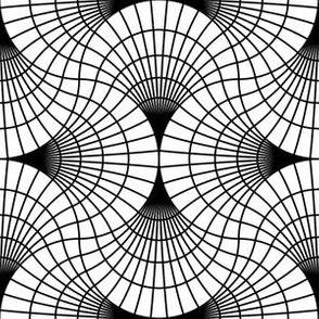 04857449 : scale4g : black + white