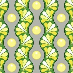 04935720 : splashstripe : spoonflower0314