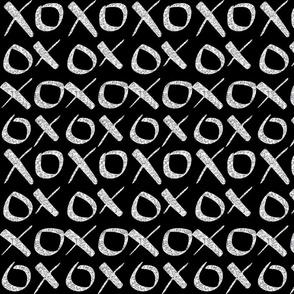 XO_Silver_Glitter_Black
