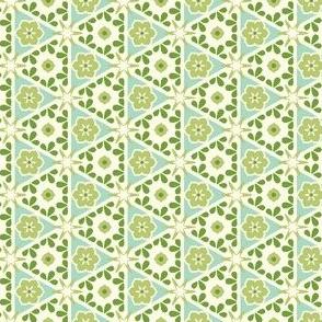 Cream Pyramid Floral - Victorian Green