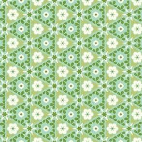 Pyramid Floral - Victorian Green
