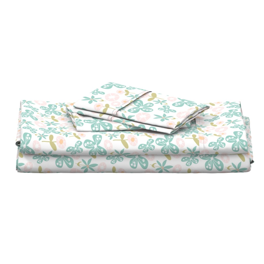 Langshan Full Bed Set featuring Floral Bunch by studiojulieann