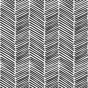 Freeform Arrows Large in black on white