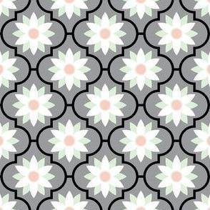 05023915 : crombus flower : spoonflower0341