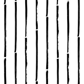 Stripes vertical – black white