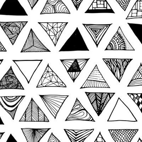 Triangle Doodles BW