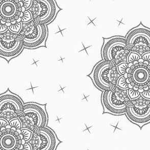 5160404-mandala-boho-grey-by-keriwynn_