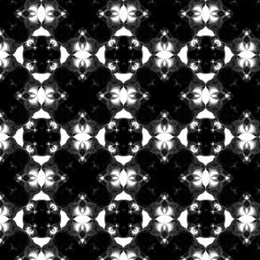 Hypnosis monochromatic - Large