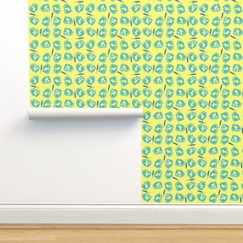 Wallpaper Nicu Nurse Baby Feet Blue Yellow