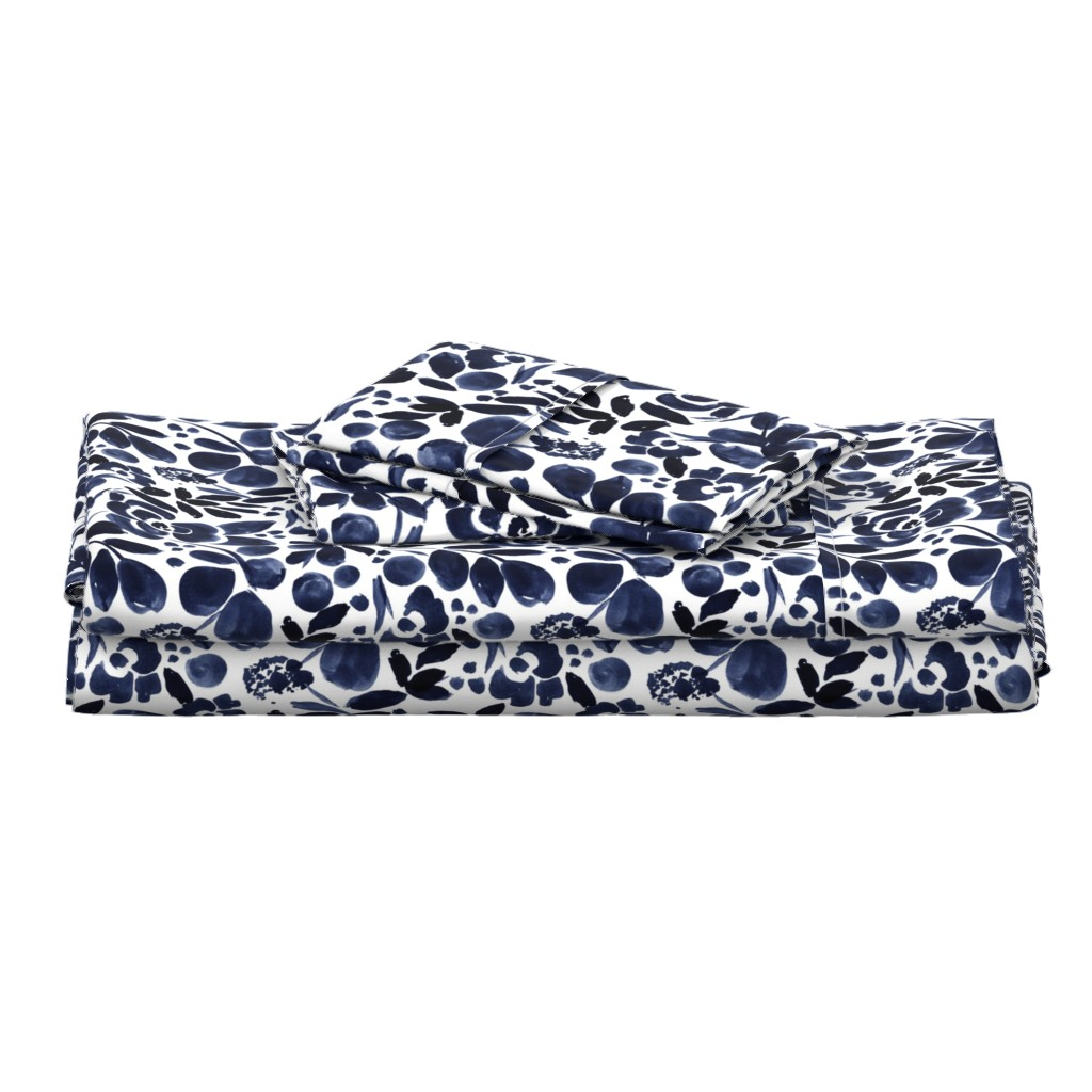 Langshan Full Bed Set featuring Navy Floral by crystal_walen