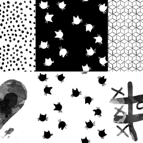 Black and White Cushion Set