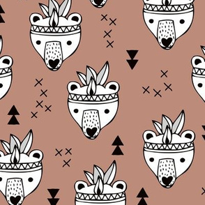Cool geometric Scandinavian winter style indian summer animals little baby grizzly bear brown