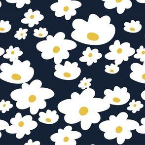Sweet daisies in navy - Medium
