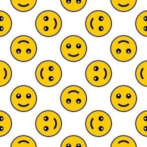 05458460 : smiley 4g X : happy sunny