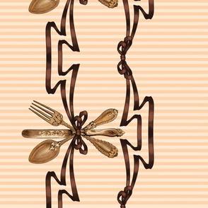 Cutlery border print (ivory)