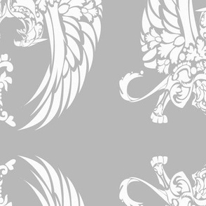 Griffin Damask white on silver 5inch