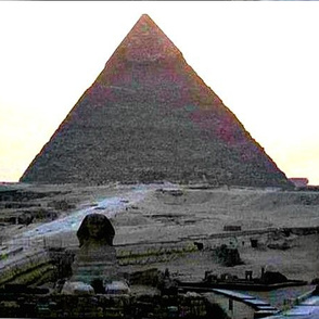 Sphinxie & the  Giza Plateau