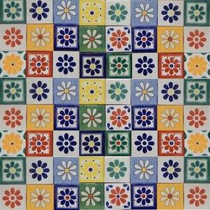 8   1 Inch Daisy Tile Flowers