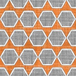 Hexagon Fresh Linen in Spice
