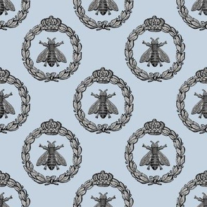 Napoleonic Bees ~ Queen Bee ~  Silver Leaf on Versailles Fog