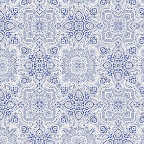 Mosaic bandana  - small- white & blue