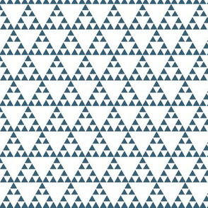 Tribal Triangle in Blue