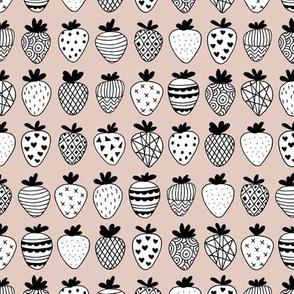 Farmers market summer strawberry fruit hearts print beige
