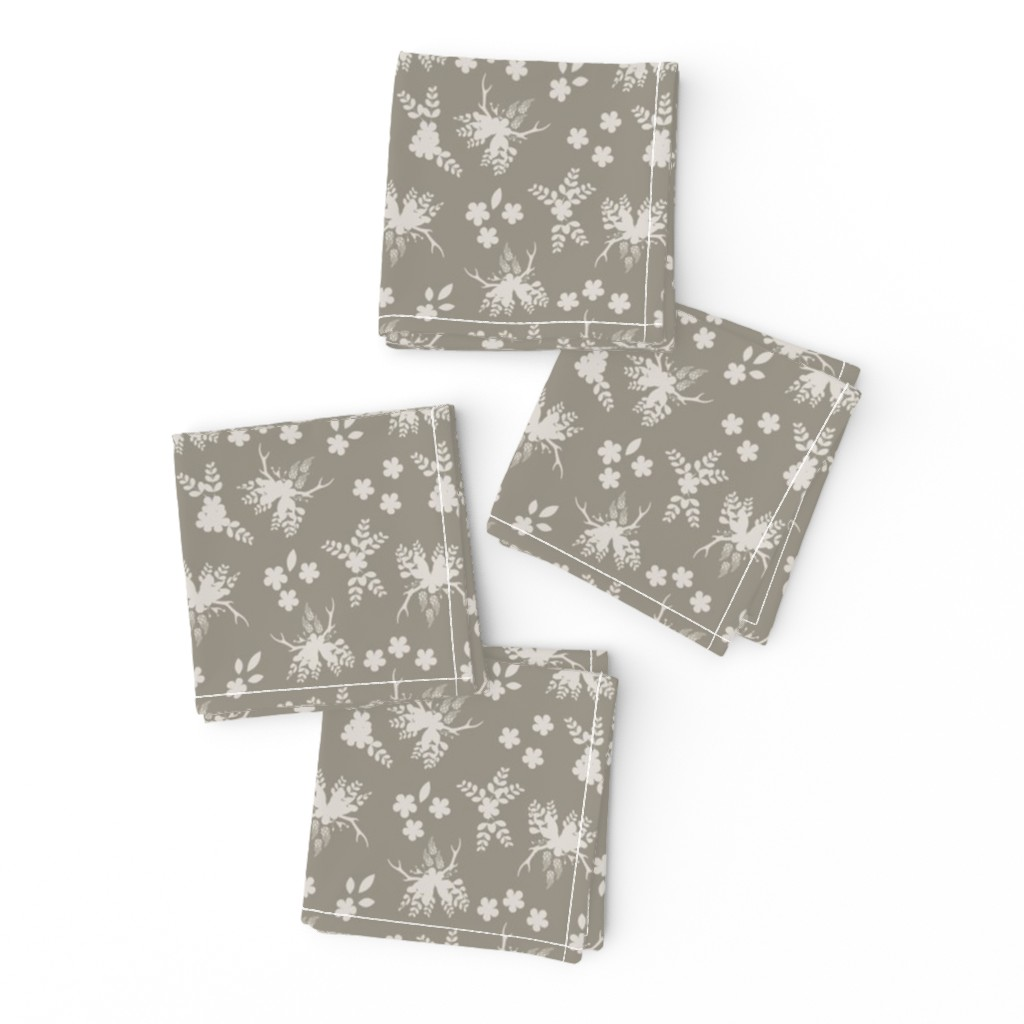 15 07u Floral Silhouette Taupe Rustic On Frizzle By
