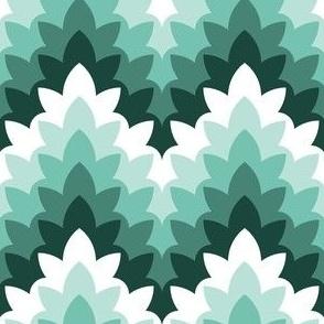 leafy zigzag : tropical beach
