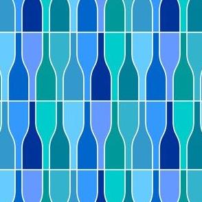 05687521 : ten blue bottles