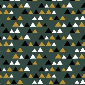 Herbs coordinate triangles (dark)