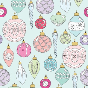 christmas_baubles_150_spoon_green