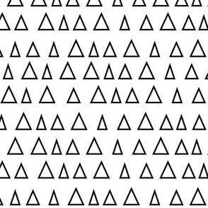 triangles up » black + white no.3