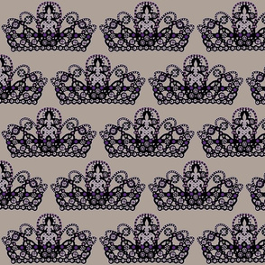 sugarplum_crown #8 /taupe