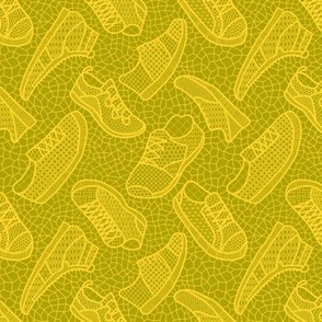 Lace up your sneakers - autumn yellow