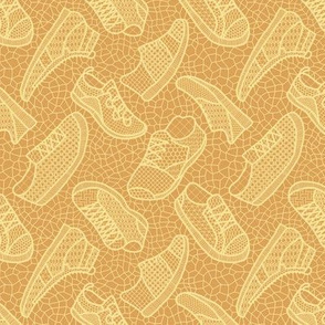 Lace up your sneakers - spring yellow