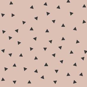 Tiny triangles - blush pink