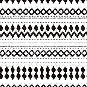 Monochrome tribal aztec indian summer ethnic print black and white